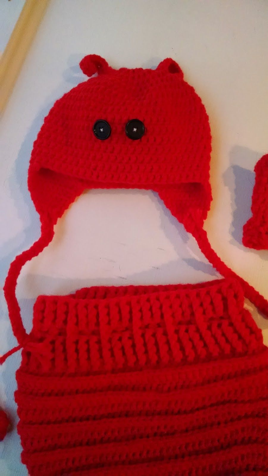Pattern baby lobster halloween costume knit a bit crochet away pattern baby lobster halloween costume knit a bit crochet away bankloansurffo Image collections