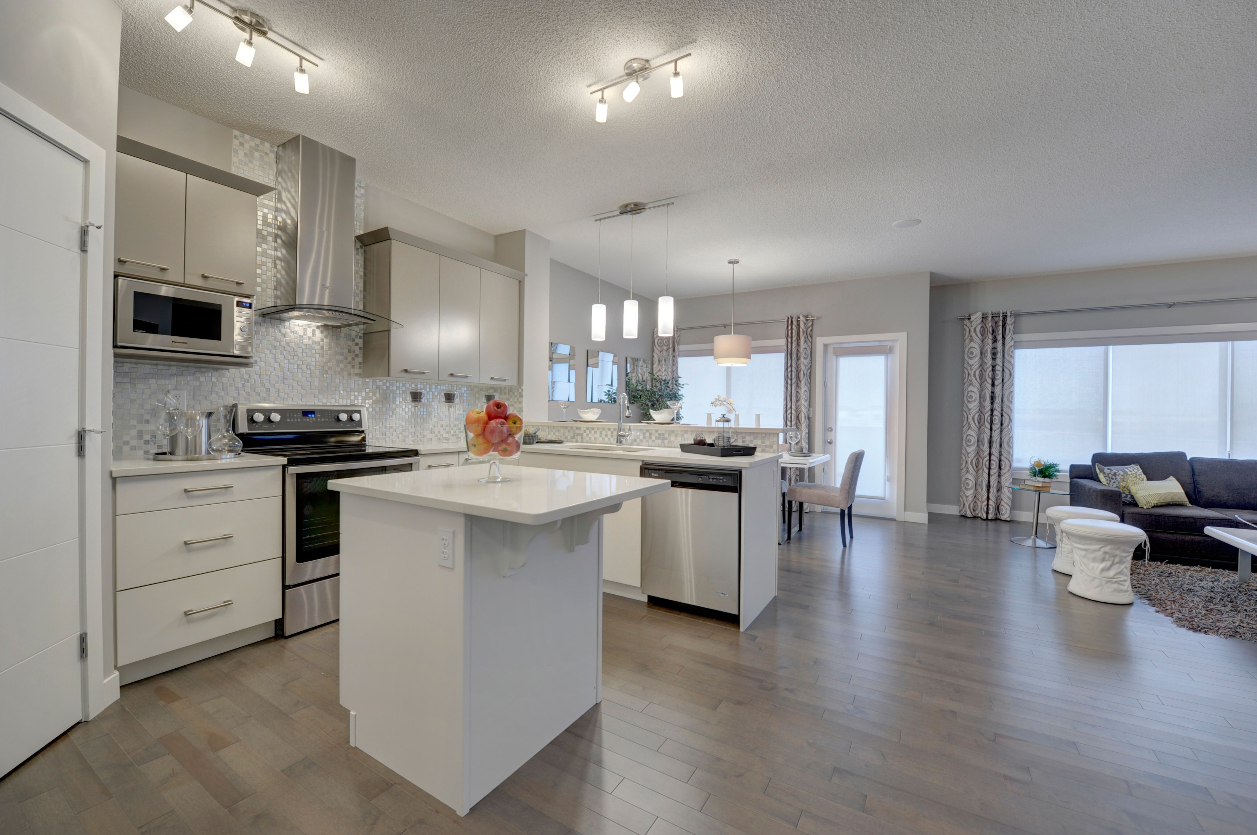 Openconcept main floor living at it's finest. The kitchen