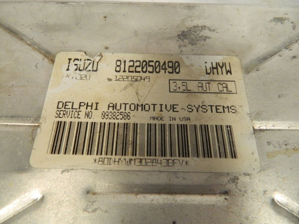 1999 02 Isuzu Trooper 8122050490 Engine Computer Unit