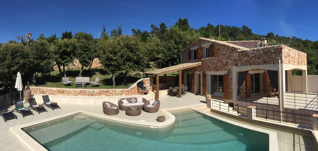 Abritel Location La Turbie - VILLA avec piscine chauffée 9 PERSONNES - residence vacances arcachon avec piscine