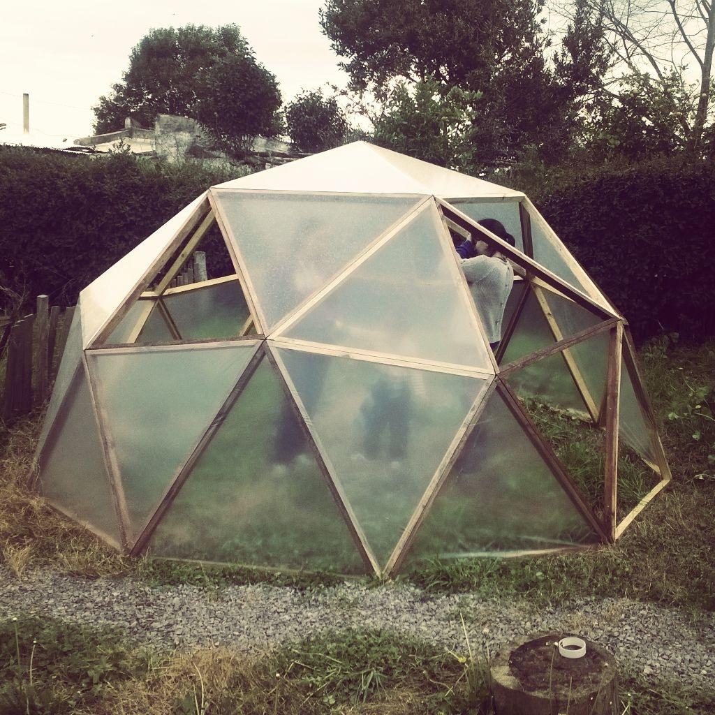 domo geodesico frecuencia 2   Geodesica   Pinterest   Domos ...