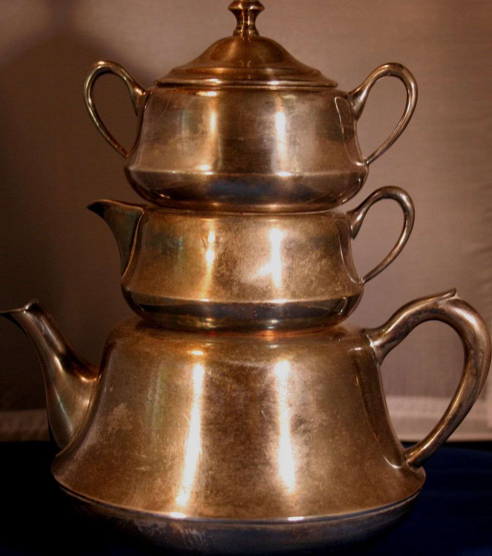 The Bombay Raj Antique Teapot