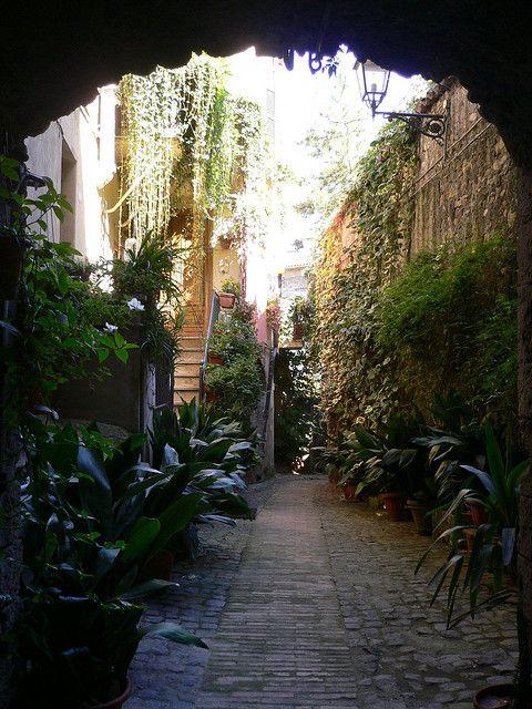 Let s be candid italy - Il giardino segreto roma ...