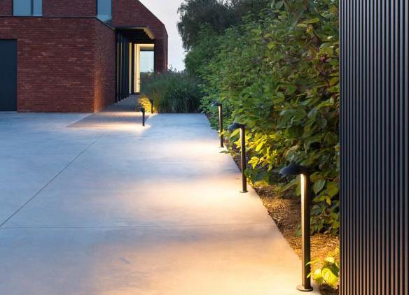 Licht Lampe Leuchte Prediger Predigerlichtberater Lichtberatung Beleuchtung Aussenbereich Einfahrt Aussenlicht Einfahrt Vorgarten Modern Garten Design
