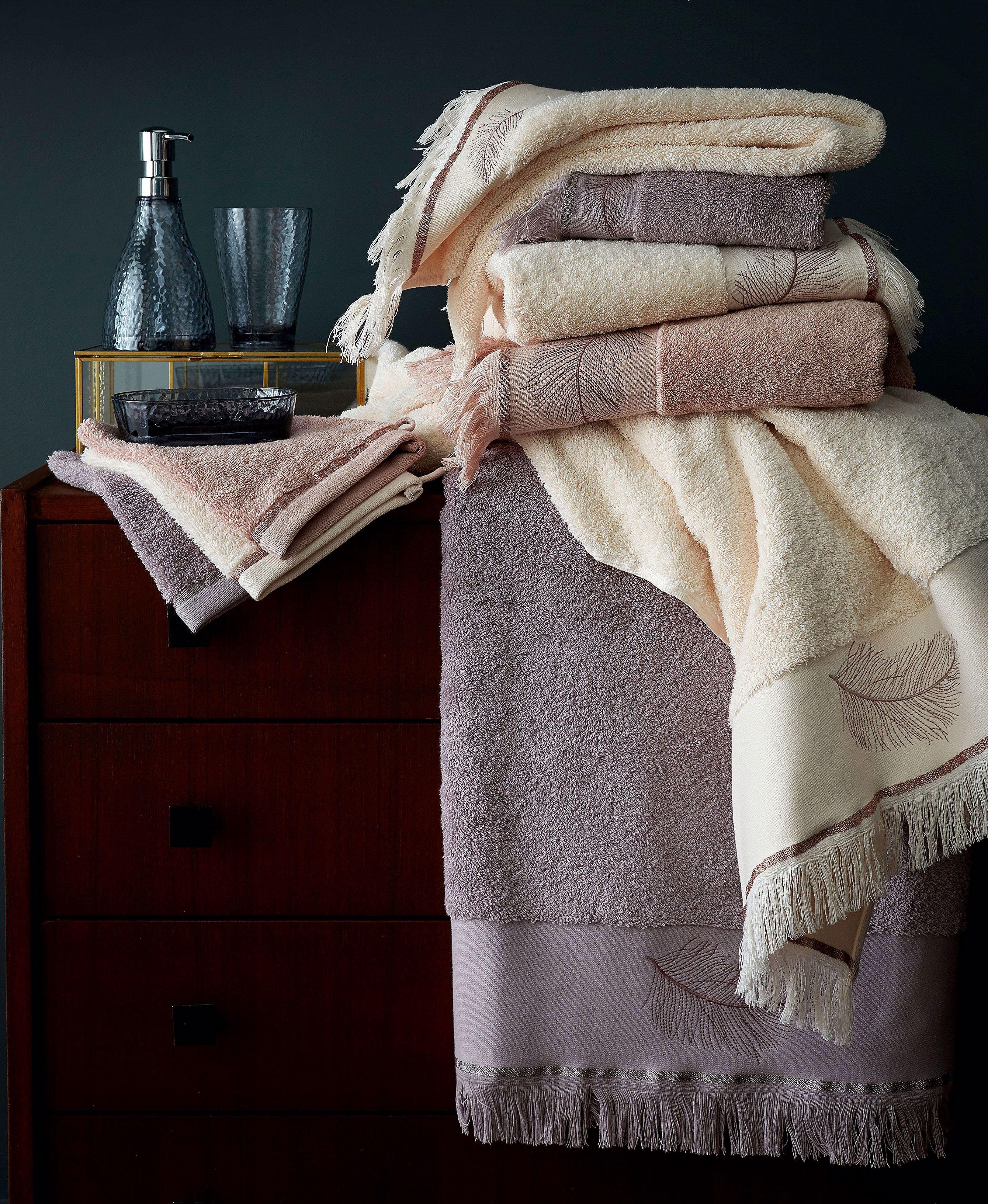Pin By Brian Nicolas On Serviette Peignoir Bath Towels Luxury Towel Bath Towels