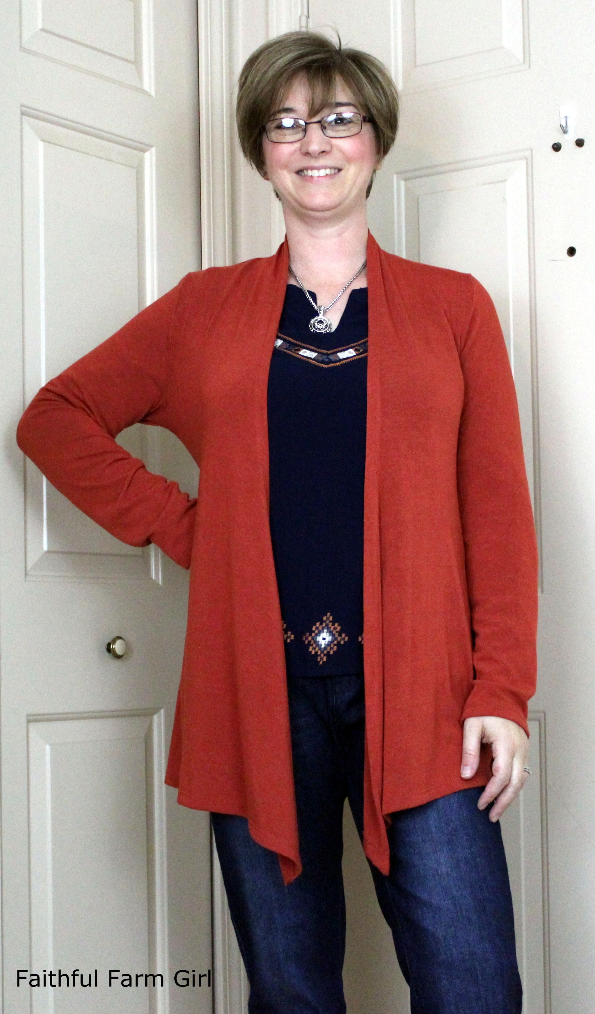 December 2015 Stitch Fix Loved this sweater, top and jeans! Kept ...