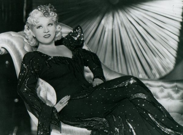 Mae West Memes Google Search Mae West Glamour Old Hollywood Glamour