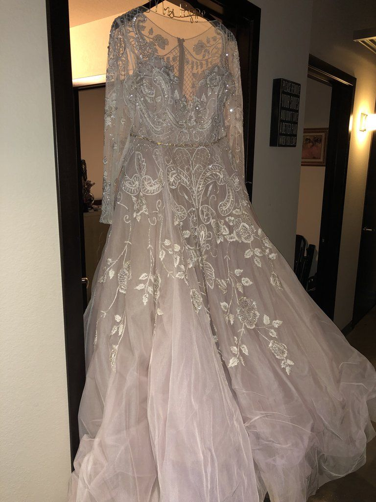 Hayley Paige Hayley Size 20 Used Wedding Dress Front View On