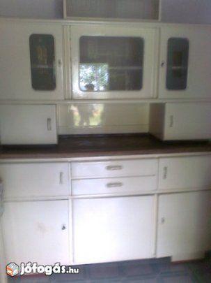 Retro konyhaszekrény asztallal, székkel apróságokkal eladó ...