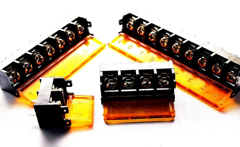 17.47$  Watch here - http://aliaki.shopchina.info/go.php?t=32247986794 - 20x Terminal Block Connector Cover 9.5mm HB9500-5 Pins  #buyininternet