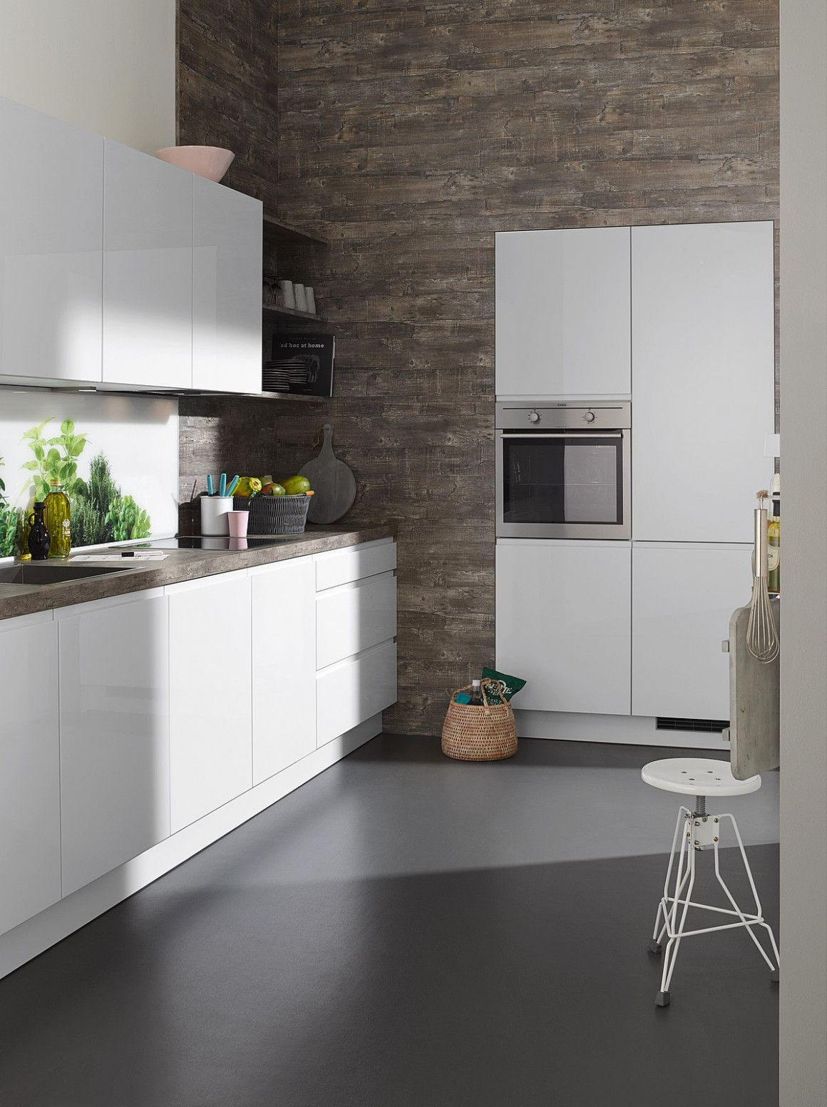 14 Kuche Weiss Boden Grau In 2020 Weisse Kuche Nolte Kuche Moderne Kuche