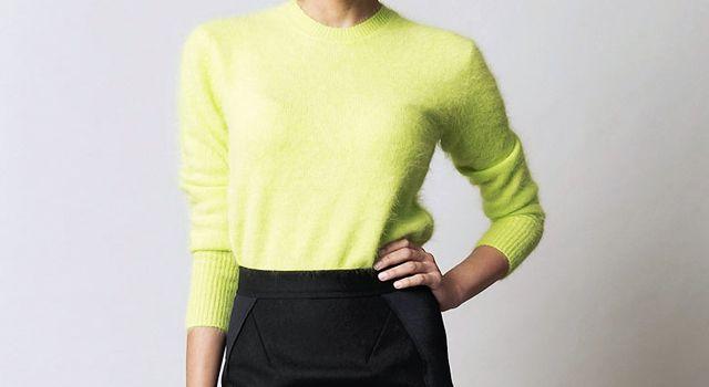 ZARA is the new black  El jersey de angora en amarillo flúor ... fa1ec75dc5d