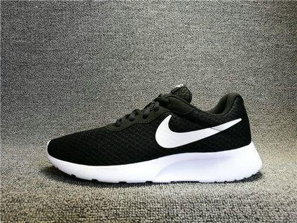 Nike Roshe Run New Nike ROSHERUN Tanjun Black White 812654-011