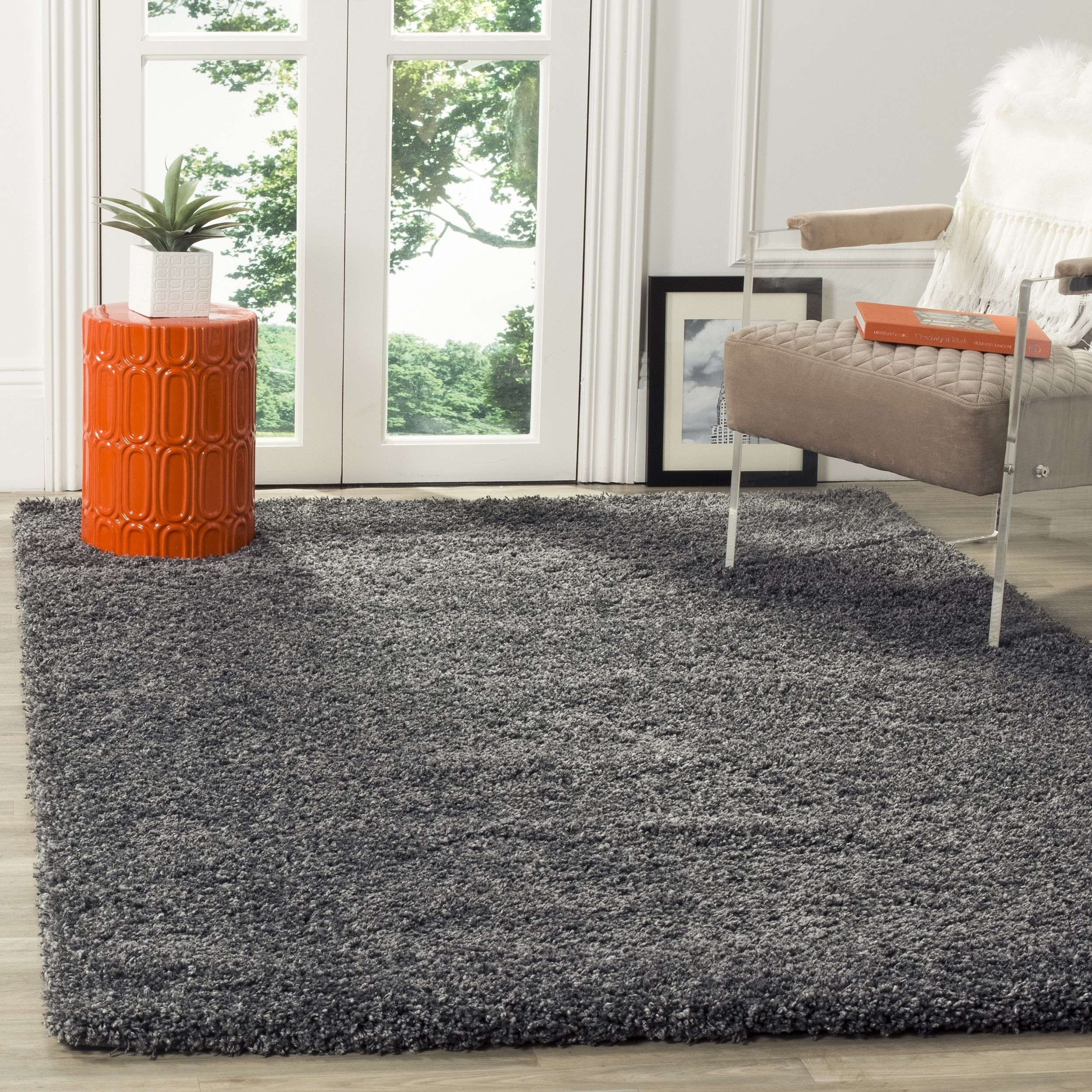 The Casual West Coast Aesthetic Is Celebrated In This Rug From Safavieh S Sensational California Collection Dark Grey Color Complemented