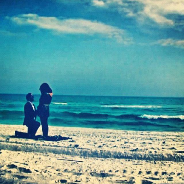 Best 25+ Beach proposal ideas on Pinterest