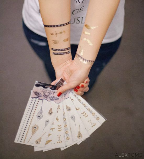 #CONCOURS : Vous avez jusqu'à vendredi minuit pour tenter de remporter 4 plaquettes de tatouages éphémères dorés ! Pour y participer, likez la page Bechra et Ki-Sign sur Facebook puis laissez moi un commentaire. Toutes les modalités sont ici : http://www.bechra.com/concours-beaute-tatouages-dores-kisign/ ....Alors, vous jouez ? #concours #tatouage #tatouageephémère #tattoo #or #gold #argent #silver #blog #bechra #kisign #jeuconcours #jeuconcoursgratuit
