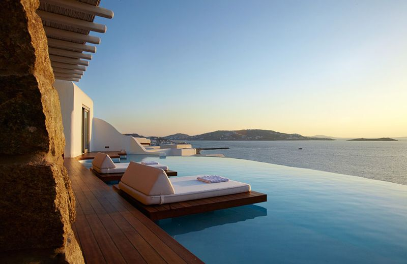 Cavo Tagoo Great Cosmopolitan Luxury Suite Hotel In Mykonos Greece