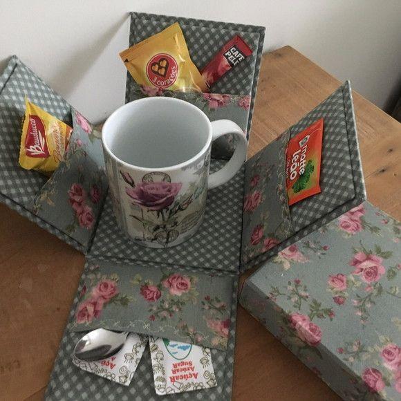 Caixa Surpresa Chá Acompanha Uma Caneca E Um Kit Para O Café Da