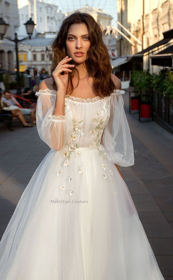Wedding dress from Tulle, wedding dresses with sleeves, Airy dress, Off shoulder wedding, Romantic Wedding Dress, Light gown – fancy dresses