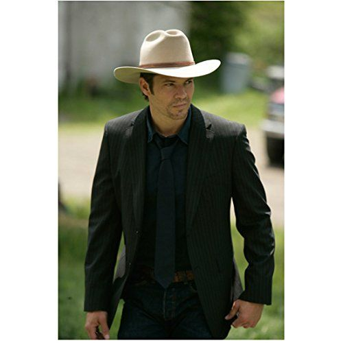 Justified Timothy Olyphant as Raylan in Cowboy Hat and Suit Jacket Gazing Sideways 8 x 10