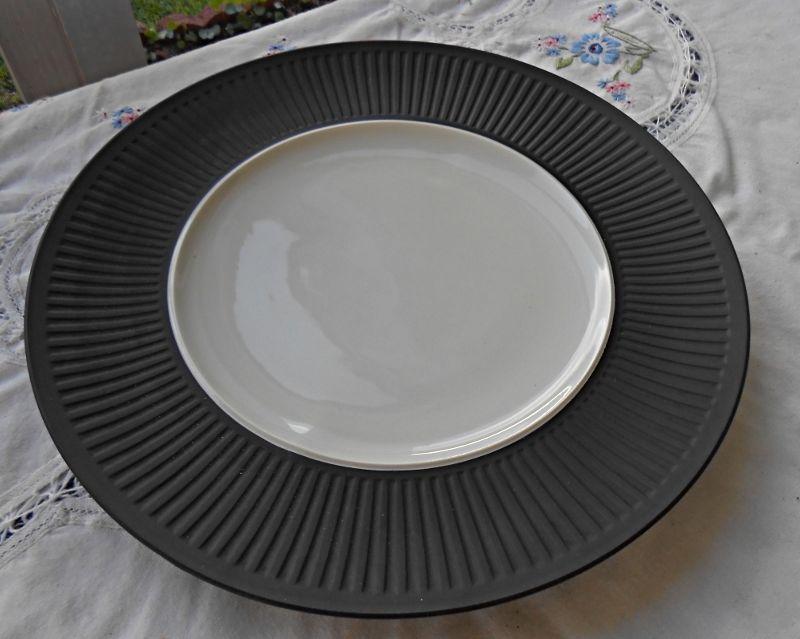 Dansk Designs Fluted Flamestone Brown Lg Dinner Plate Ihq Denmark Mid Century China Dinnerware Dinnerware Ebay Dinnerware