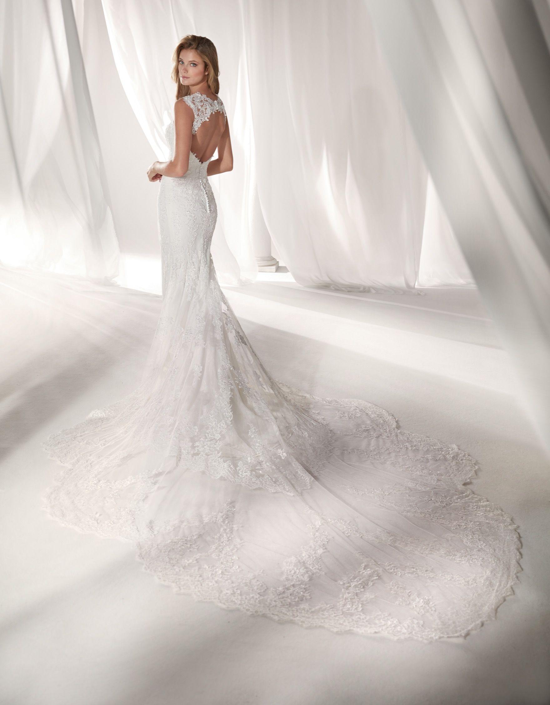 Niab19114 Nicole 2019 Collection Wonderful Ivory Mermaid Dress In Tulle Chantilly Lace And Beaded Rebrode Lac Bellissimi Abiti Da Sposa Abiti Da Sposa Sposa