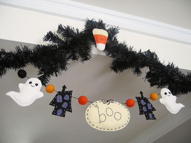 halloween garland by nanaCompany, via Flickr