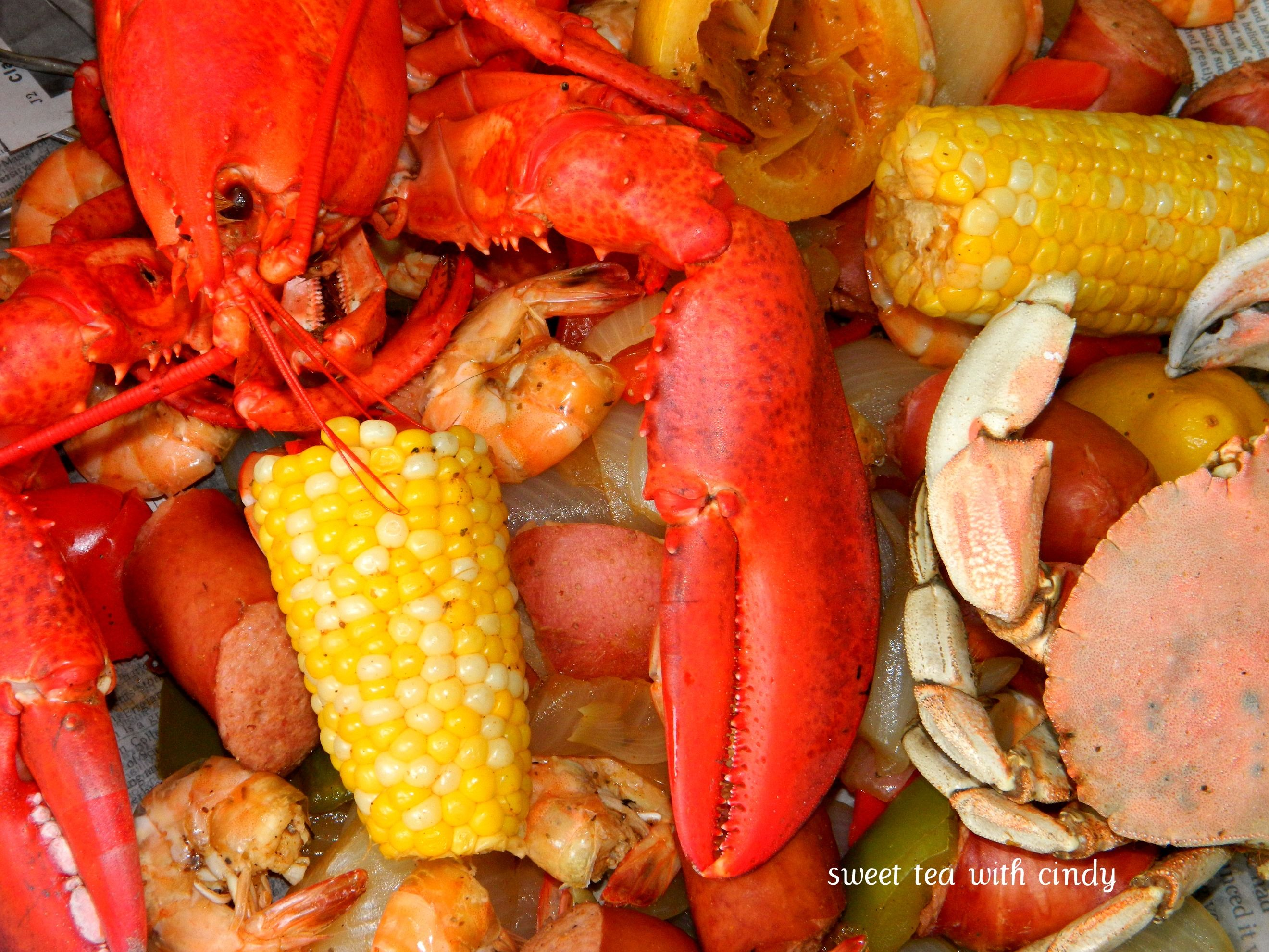 Low Country Boil With Lobster Boiled Food Crab Boil Recipe Wine Recipes