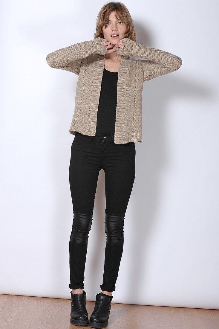 beige cardigan, black leggings pants, black boots, black shirt ...