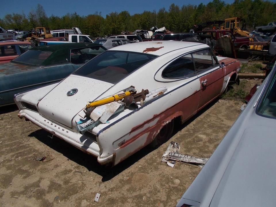 Pin By Rebuild51 On Scrap Yards 2 Amc Abandoned Cars American Motors