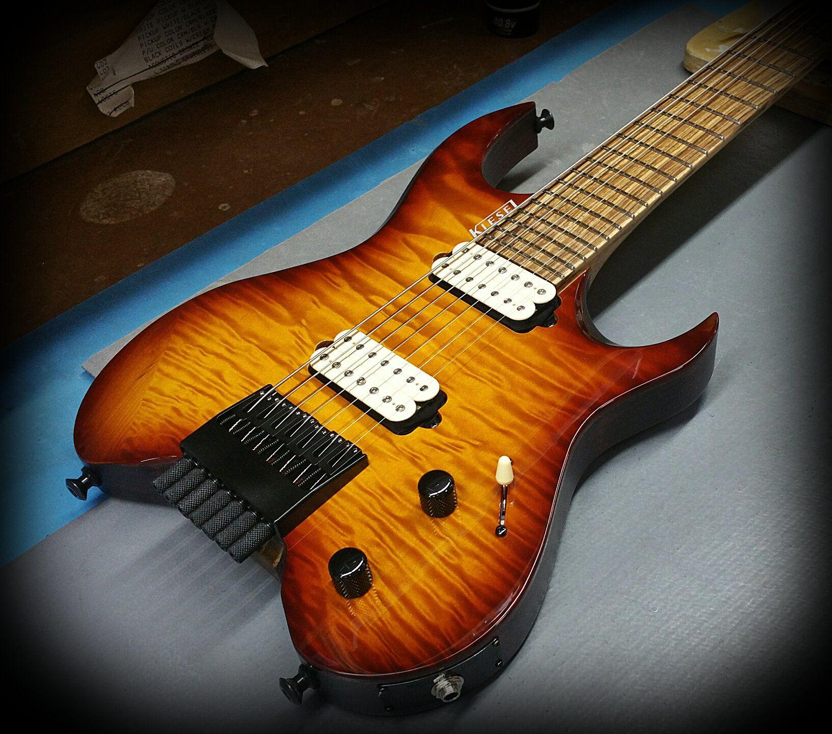 Kiesel guitars carvin v vader headless series