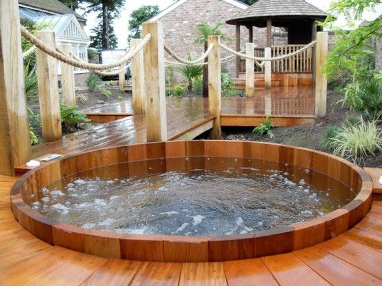 Cedar Round Hot Tub with deck 48 Awesome Garden Hot Tub Designs ...