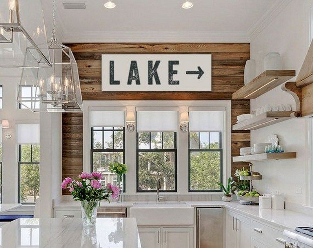 Attractive 99 Rustic Lake House Decorating Ideas (1)