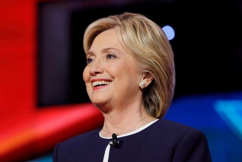Christian pastor:  Hillary Clinton must not be president because the Bible forbids it. I guess that settles that!