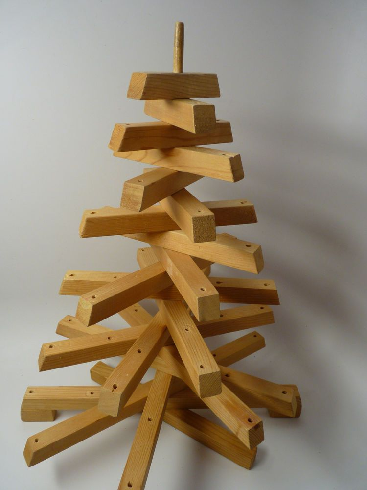 Small Wooden Christmas Tree 16