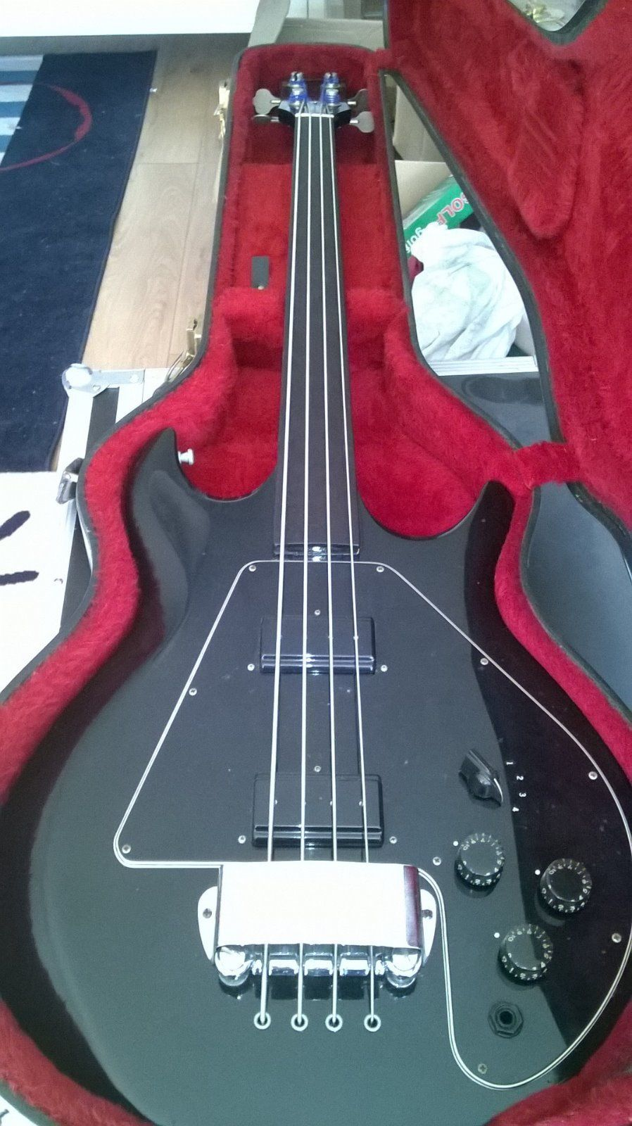 Gibson 1979 Fretless Ripper Bass