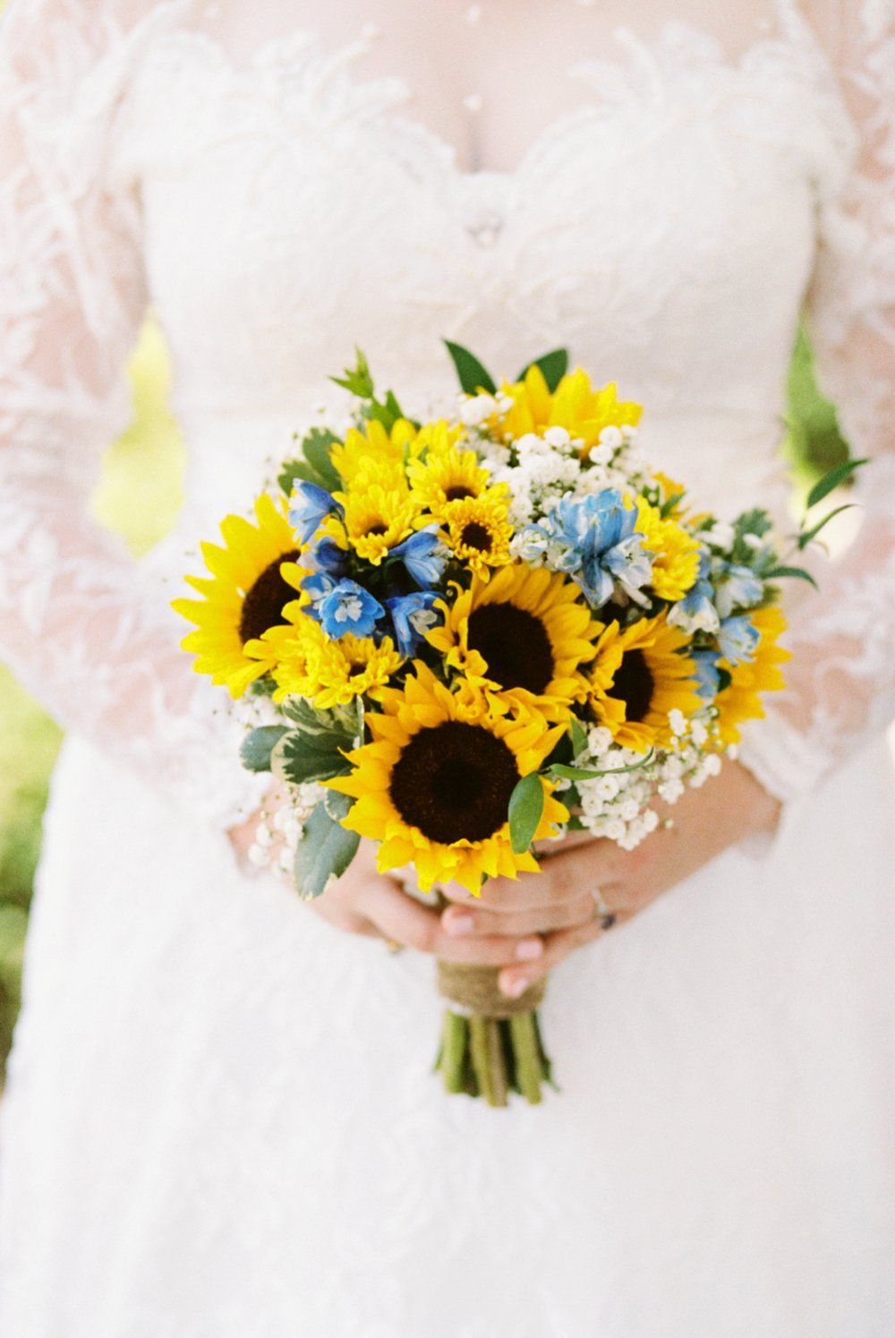 23+ Simple wedding bouquets with sunflowers info