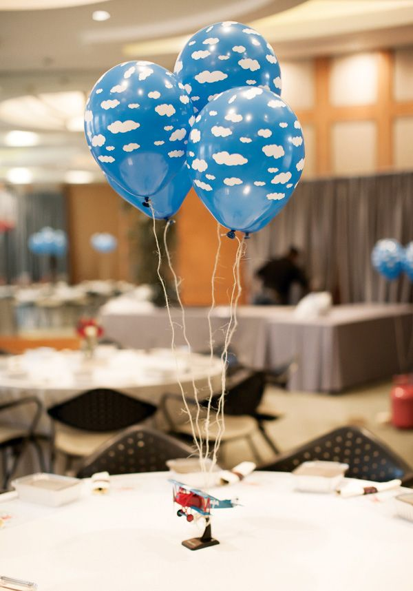 the World} Vintage Airplane First Birthday Party: Cloud Balloon Table ...