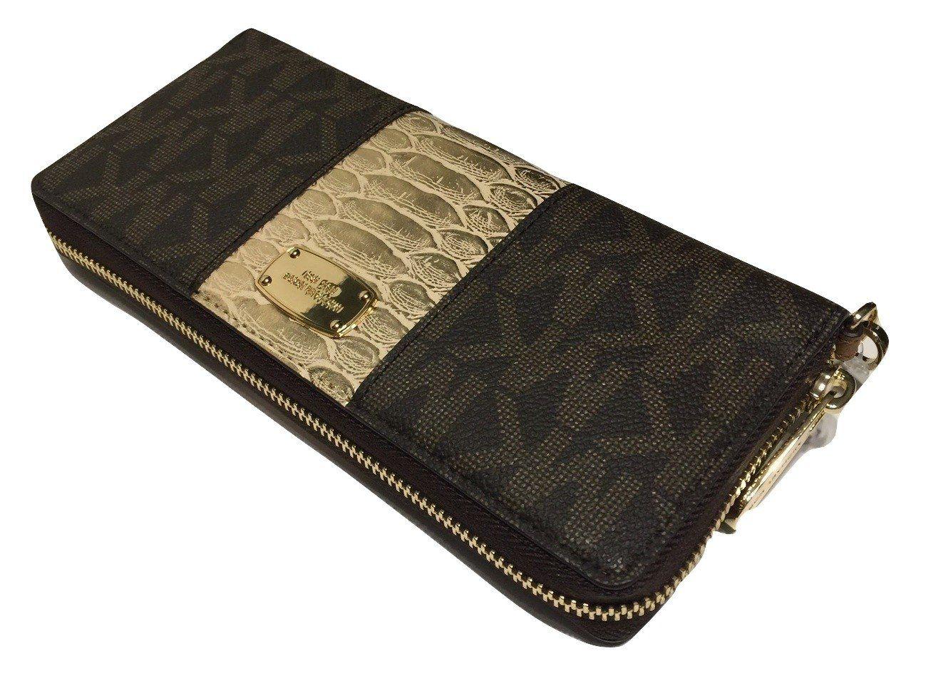 c0231fd13628 MICHAEL Michael Kors Womens Jet Set Travel Center Stripe Large Carry All  Tote bundled with Michael Kors Center Stripe Travel Continental Wallet  Wristlet ...