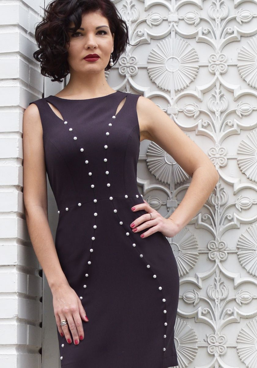 Designer Dress With Pearls Dresses Designer Dresses Maxi Dress Evening [ 1200 x 840 Pixel ]