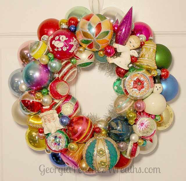 Vintage Ornament Wreath Vintage Ornament Wreath Christmas Ornament Wreath Christmas Wreaths Diy
