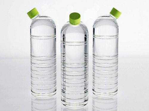 #Water #bottle by Hsu Hsiang-Min, Liu Nai-Wen and Chen Yu-Hsin #package #design