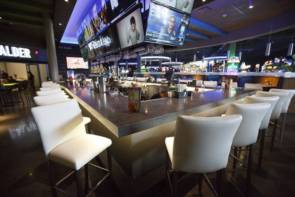 Dave & Buster\'s wants to open Ann Arbor restaurant-arcade