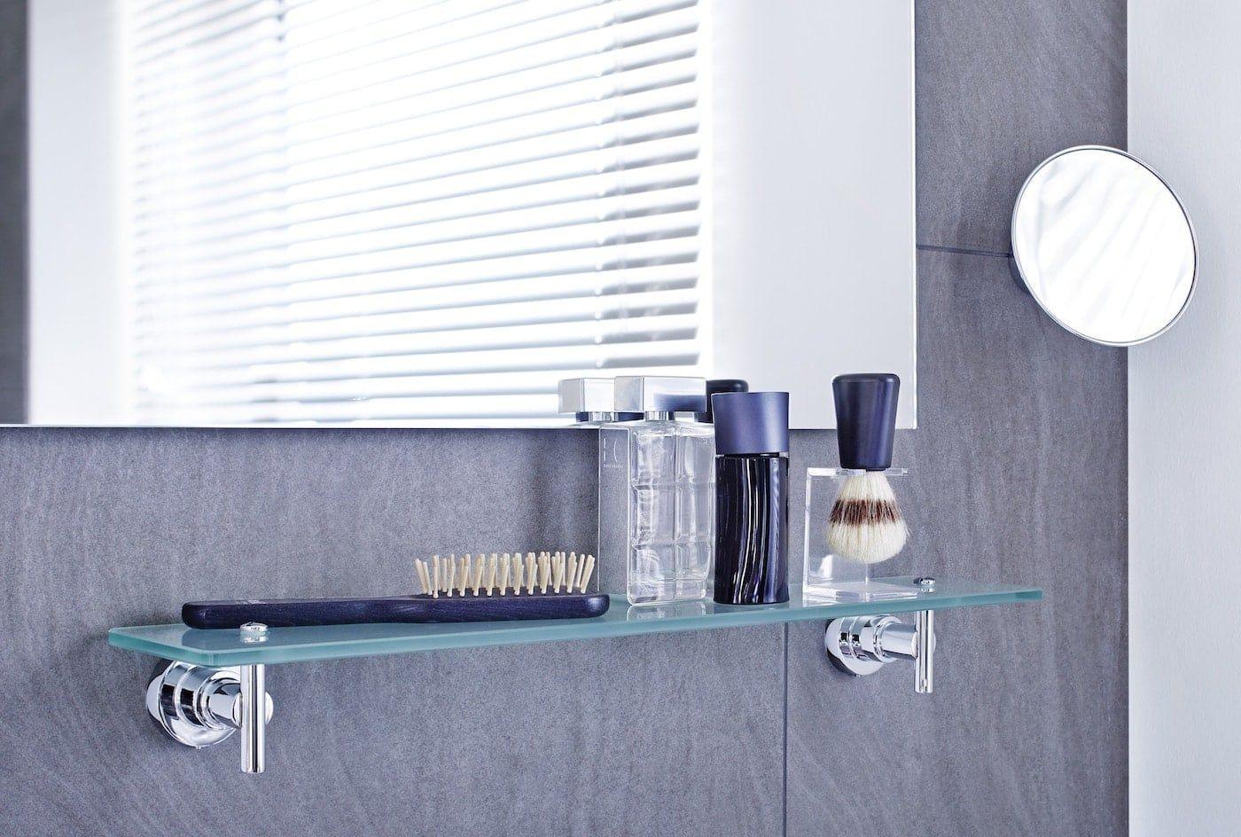 Badspiegel lassen kleine Räume größer wirken und verleihen