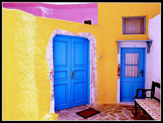 The Coloured House - La casa Colorata (Santorini) by A.Guandalini, via Flickr