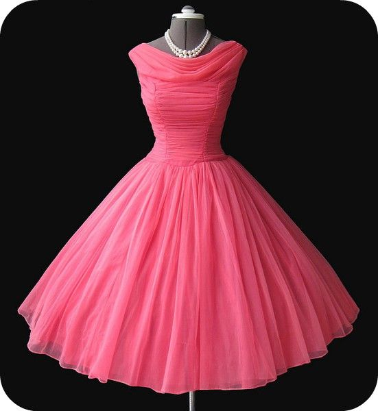 beautiful 50s dress. Absolutely Gorgeous! #50s_dress | Sueños ...