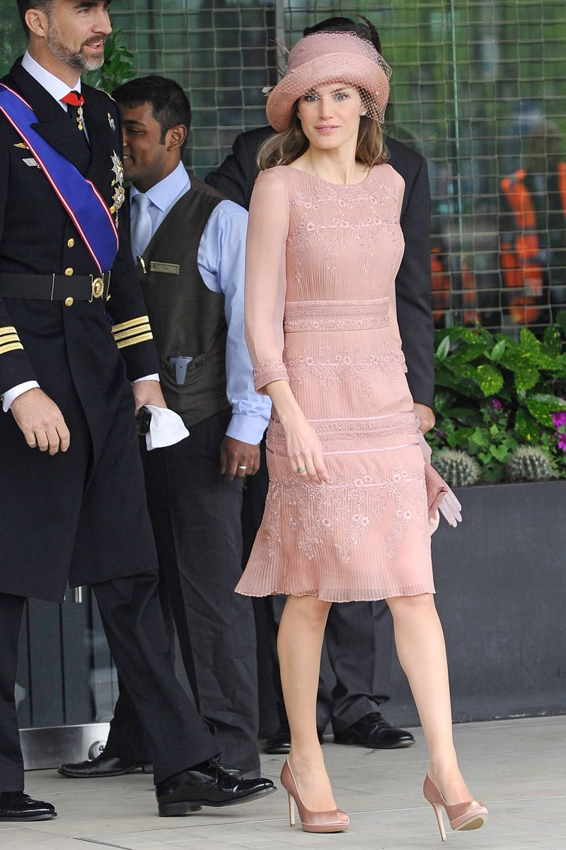 Lujo Novia Vestido De Kate Middleton Ornamento - Colección de ...