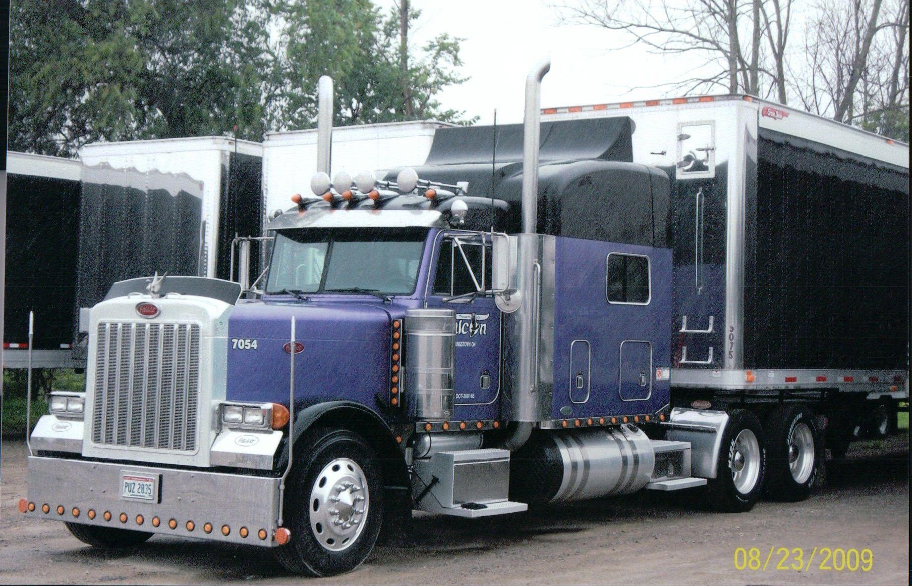 Dallas Smith Trucking 2003 Peterbilt 379 Peterbilt 379 Peterbilt Trucks