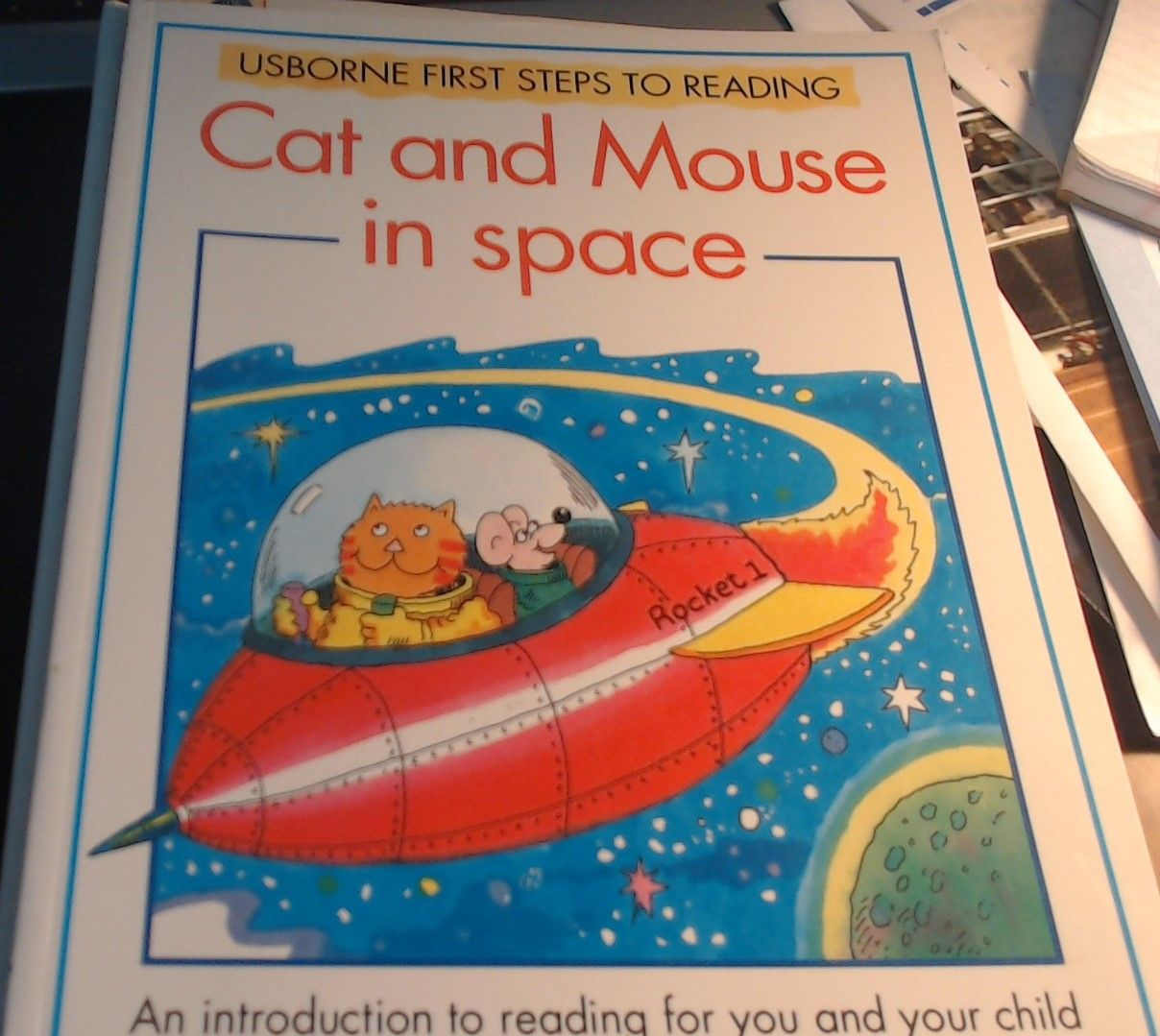 Cat and Mouse in Space - Usborne First Steps to Reading - Paperback -  Published by Usborne 1994 - CTR #20