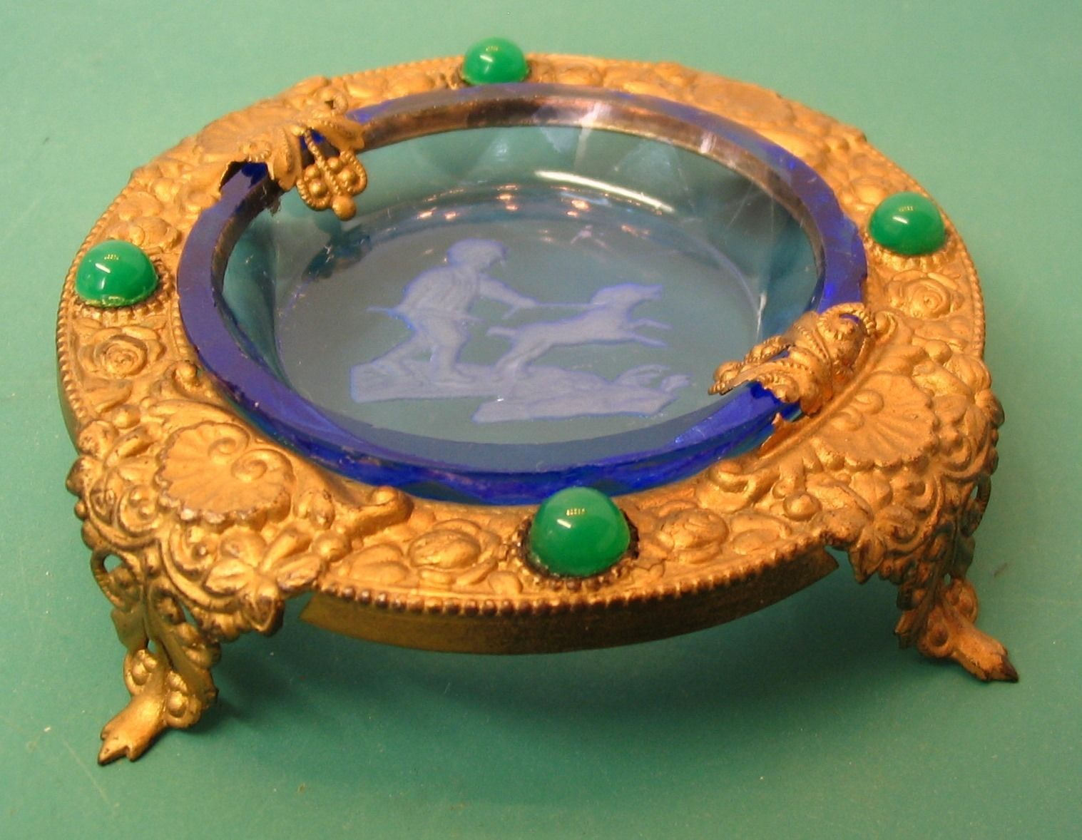 Fantastic Jeweled Stand with Four Colorful Round Intaglio